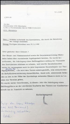 Sportplatz-180417-1967-Ballfangzaun
