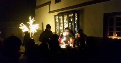 Lebendiger Adventskalender – Noch fünf freie Fenster