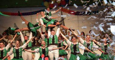 Knollebuure-Kostümsitzung begeisterte mit vielen Premieren