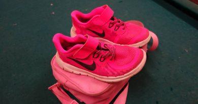 Tasche mit Schuhen gefunden