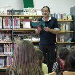 Multitalent Thomas J Hauck begeisterte Kindergartenkinder